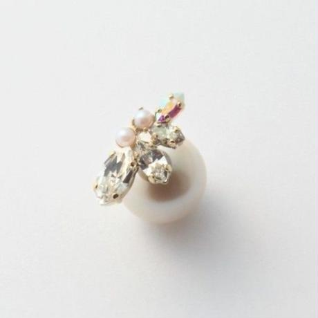 bijoux 4crystals , pearls pierce (Crystal ,Pearl Mix)