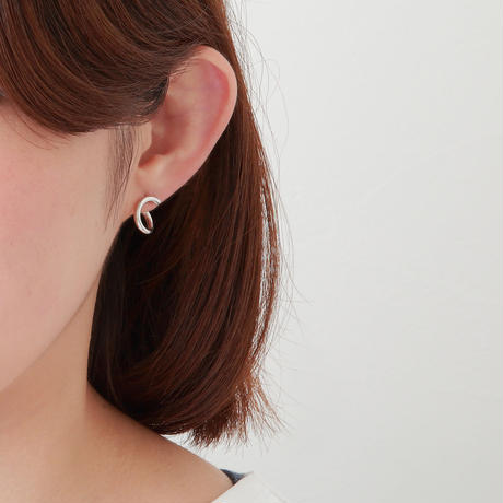 Silver line pierce(8㎜ line/Front type/swarovski elements/Silver catch)