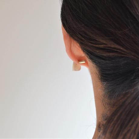 Heart pierced earring (Mother of pearl / K10 post)