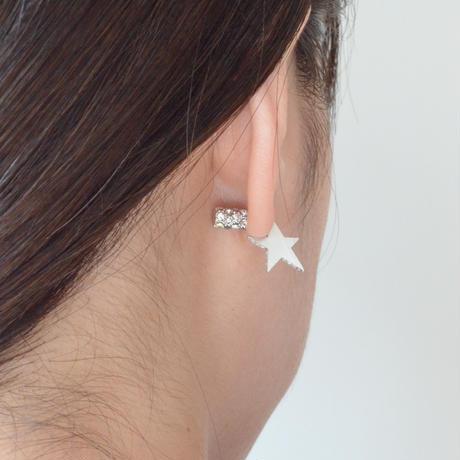 Tiny star line stone pierce (silver / cubic zirconia / pave clasp)