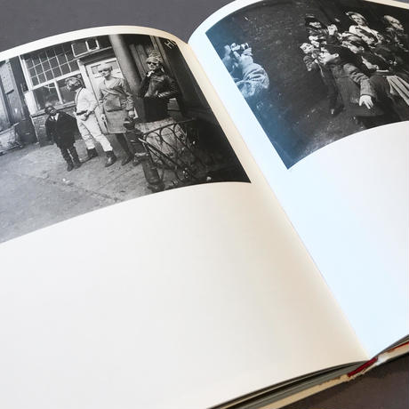 ANDY WARHOL : THE FACTORY YEARS BY NAT FINKELSTEIN 1964-1967