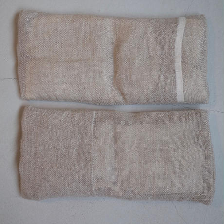 Eye Pillow LINEN / 絲室 (Sachiko Isobe )