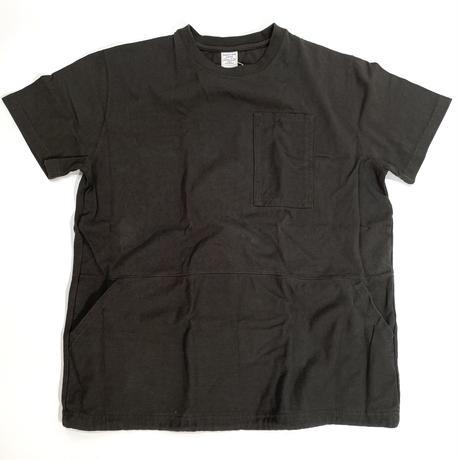 カンガルーポッケショートスリーブTシャツ
