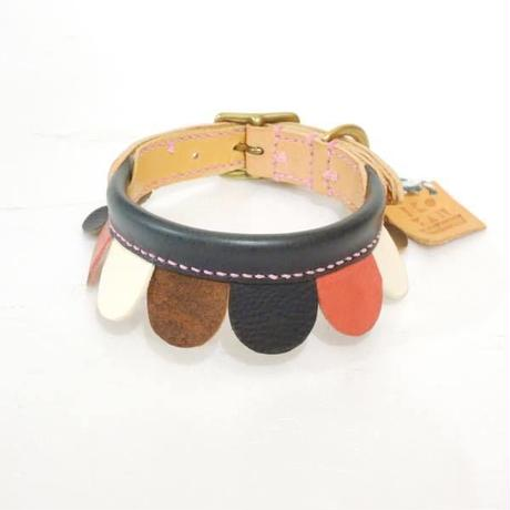 ikoyan for doggy/Garland Collar FLOWER (NVY×PINK×WHT×BRN) サイズ M