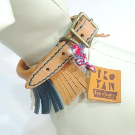 ikoyan for doggy/Garland Collar FLINGE (TAN×NVY×WHT) サイズXS
