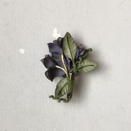 [季節のお花ブローチ]6月:ガクアジサイ