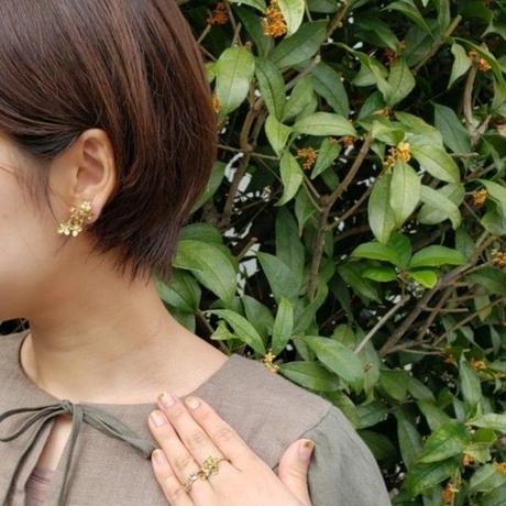 [10月誕生花×誕生石]金木犀の真鍮イヤリング*Gold