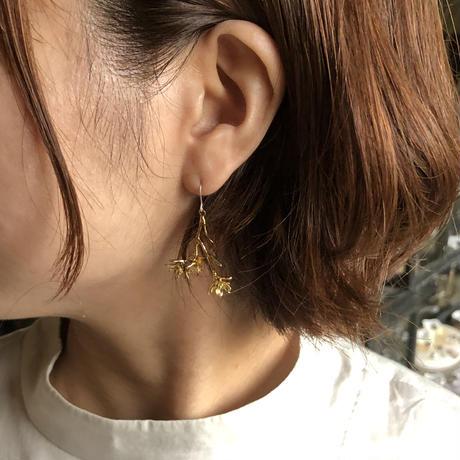 [9月誕生花×誕生石]ダイモンジ草のピアス*Gold/Silver