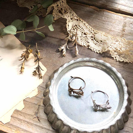 [11月誕生花×誕生石]リンドウのイヤリング*Silver