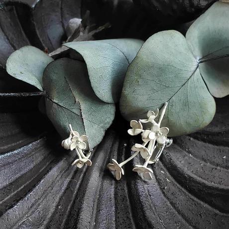 [10月誕生花×誕生石]金木犀のシルバーイヤリング*Silver
