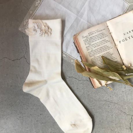 レースとウールの靴下(ホワイト)