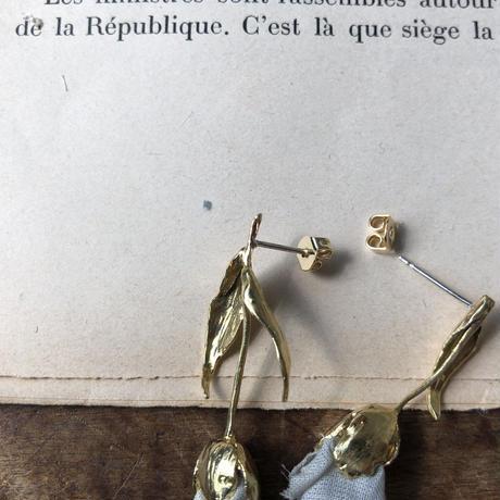 チューリップの真鍮ピアス・イヤリング* 3color
