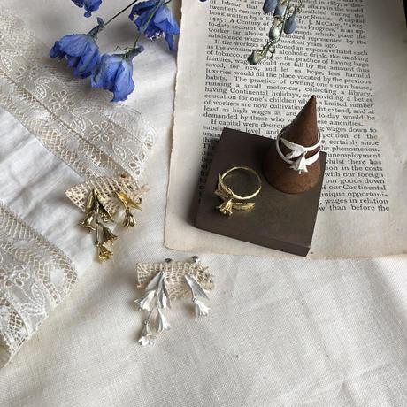 [7月誕生花×誕生石]ヒメシャジンのシルバーイヤリング* Silver
