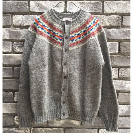【Jamieson's】Crew neck cardigan sweater