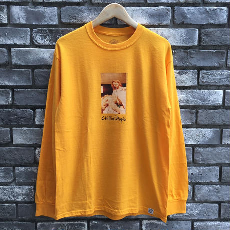 "【COMMON EDUCATION】 ""Chill in Utopia"" LS Tee gold Kenji Kubo"
