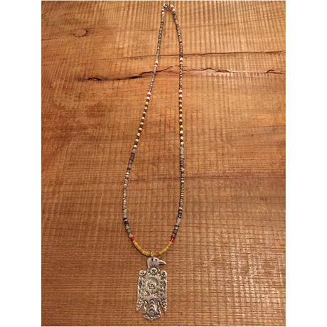 【ERICKA NICHOLAS BEGAY】タイプB 0.9FLSTTHP6 pendant top w beads necklaces