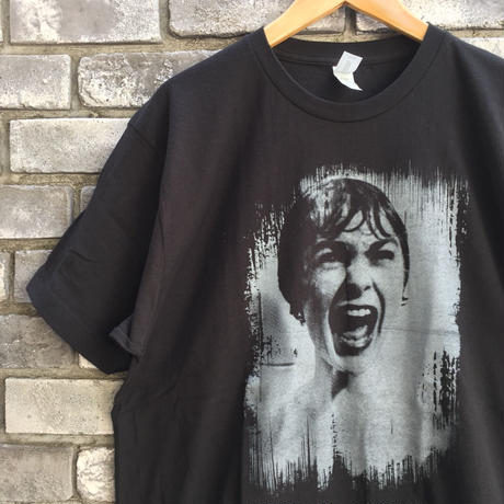 【CULT RATED】 Shower Scene Tee Lサイズ