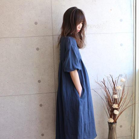 【Designers Line】くったりハンドワッシャーリネンで魅せる、ギャザーワンピース (ネイビー)