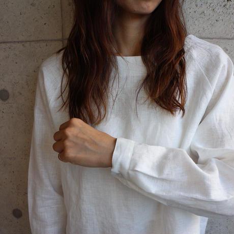 【リネンブラウス】ヨーロピアンリネンで魅せる、シンプルなカフス仕様のプルオーバーブラウス(ホワイト)○リネンシャツ○