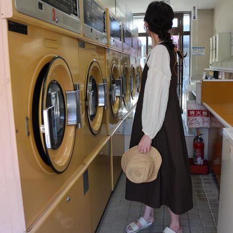 【リネンジャンパースカート 】コットンリネン2wayノースリーブタックロングワンピース リネンワンピース ブラウン