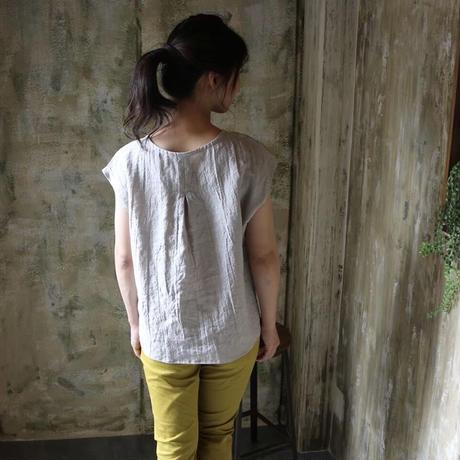 【ベルギーリネンブラウス】洗い込まれてくったり柔らかベルギーリネンのバックタックフレンチスリーブブラウス リネンTシャツ グレーパープル