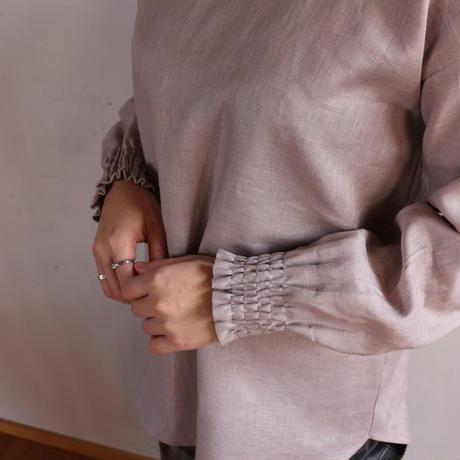 ●全11色●【カラーリネンブラウス】シャーリング袖のシンプルなプルオーバーシャツ○おうち時間○ワンマイル服○