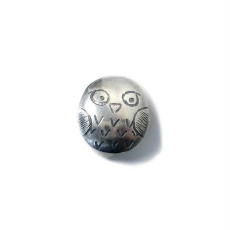 フクロウのシルバーピンブローチ c