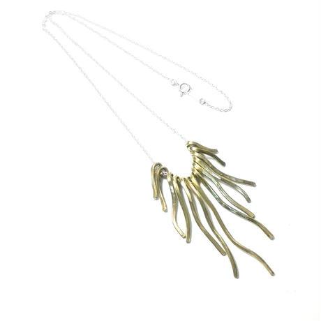 真鍮アクセサリー ボリュームネックレス