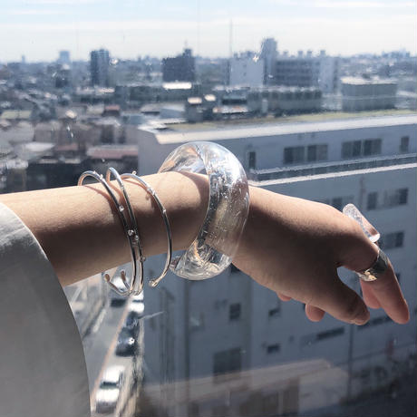 moment  glass bangle