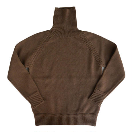 eight days a weac.TURTLE NECK SWEATER