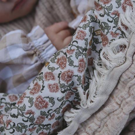 garbo&friends  * Floral Vine Filled * Blanket ブランケット