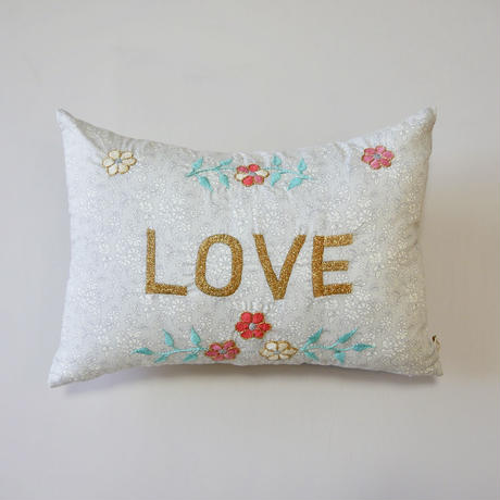 CSAO・Embroidered Cushion * LOVE  2 グレー