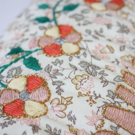 CSAO・Embroidered Cushion * BONHEUR  6  ピンク×グレー