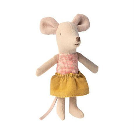 Maileg Little sister mouse in matchbox いもうとネズミ/マスタードスカート