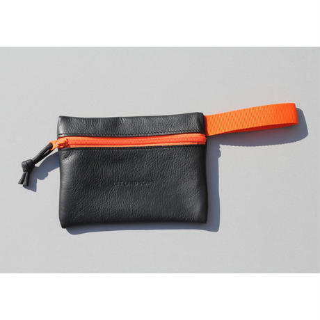 "DROP POUCH "" black"""
