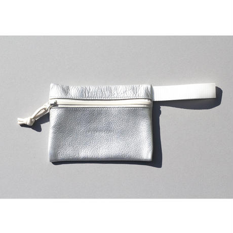 "DROP POUCH ""silver"""