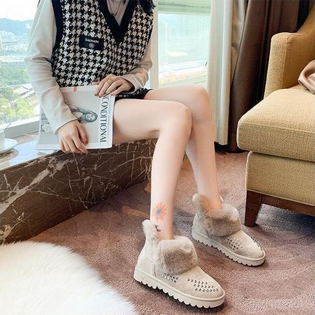 ムートンブーツ ファーブーツ スタッド 23.0~25.5cm 韓国ファッション レディース ファー ブーツ もこもこ 防寒 カジュアル ガーリー 631252901339