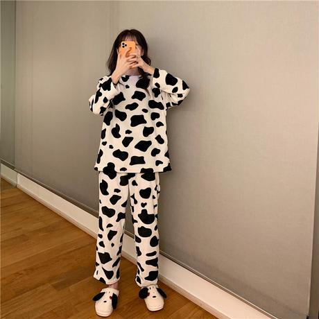 【ルームウェア】 パジャマ セットアップ 牛柄 長袖 韓国ファッション レディース 折り襟 トップス + パンツ 上下セット レトロ 627968674816