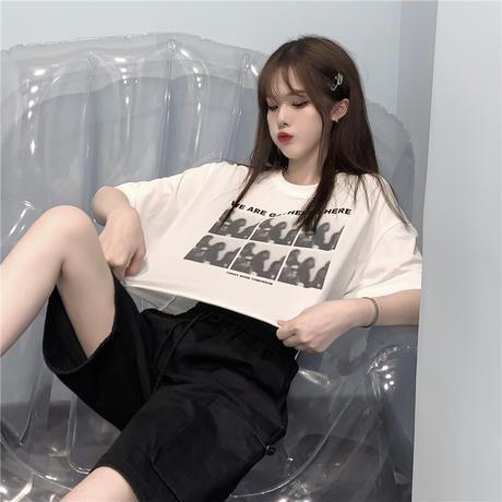 クロップドTシャツ 半袖 グラフィティプリント クロップド丈 ラウンドネック 韓国ファッション レディース Tシャツ ショート丈 ガーリー ストリートファッションDTC-637991888716)