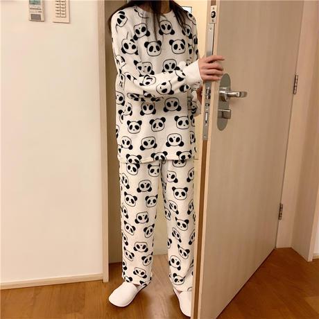 【ルームウェア】 パジャマ セットアップ パンダ柄 長袖 韓国ファッション レディース ラウンドネック もこもこ トップス + パンツ 上下セット レトロ 627029965772