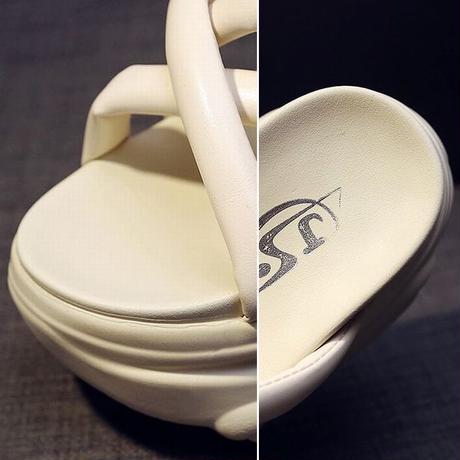 厚底サンダル ソールがクマ クロスベルト 22.0~24.5cm 8.5cmヒール オープントゥ 韓国ファッション レディース サンダル 厚底 トレンド DTC-642370947786