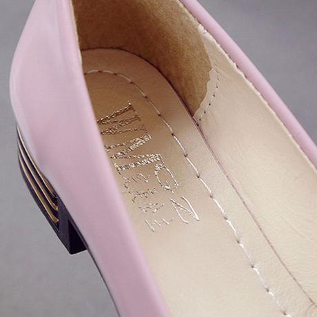 パテントレザー パンプス チャンキーヒール 2cm 韓国ファッション レディース シンプル ポインテッドトゥ ローヒール シューズ キュート 痛くない かわいい 歩きやすい 556794613602