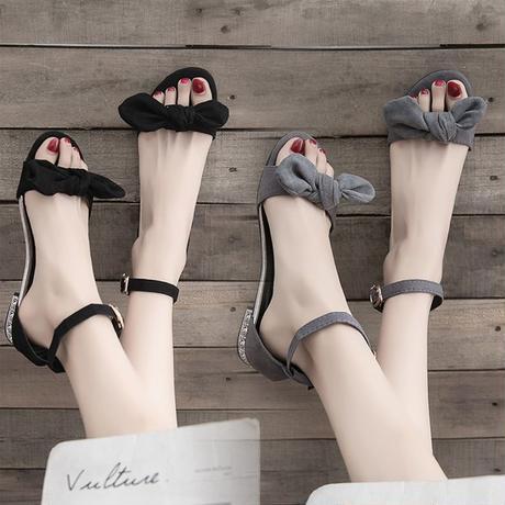 フラットサンダル リボン ストラップ 韓国ファッション レディース ぺたんこ サンダル ラウンドトゥ ワードバックル キュート 痛くない かわいい 歩きやすい 591595884685