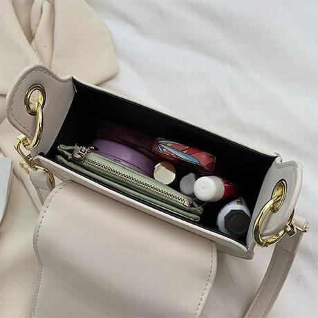 ショルダーバッグ ミニバッグ エンボス加工 サブバッグ 斜め掛け 肩掛け シンプル 鞄 レトロ DTC-639301721466