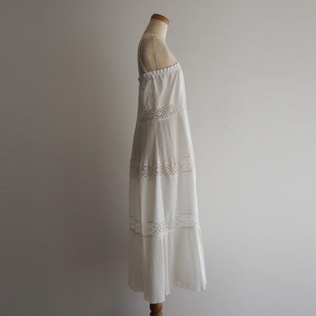 1970s Lace Pleated Dress