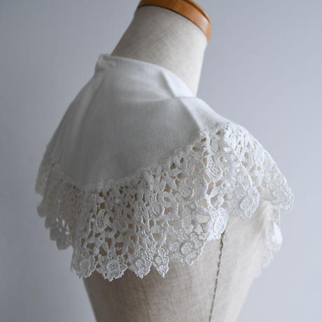 1930s  Lace White Collar