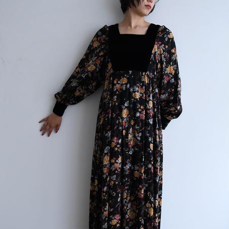 1970s Velvet Floral Dress