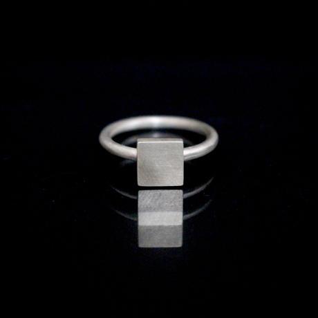 signet ring flat square