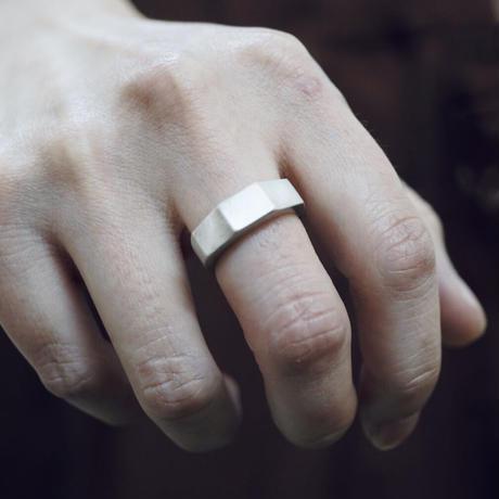 signet ring 13