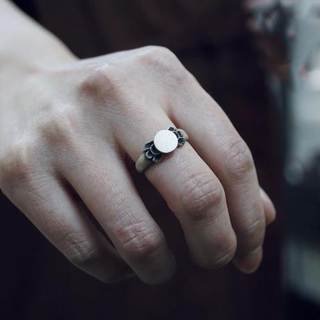 signet ring 21
